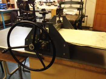 Hunter Penrose Press Donated by Pat Clarke Press Bed: 75cm x 40cm